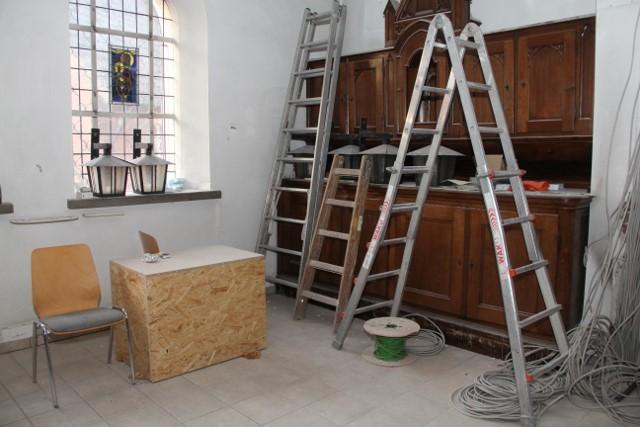 2014-08-28 - Umbau Kirche (2) (640x427)