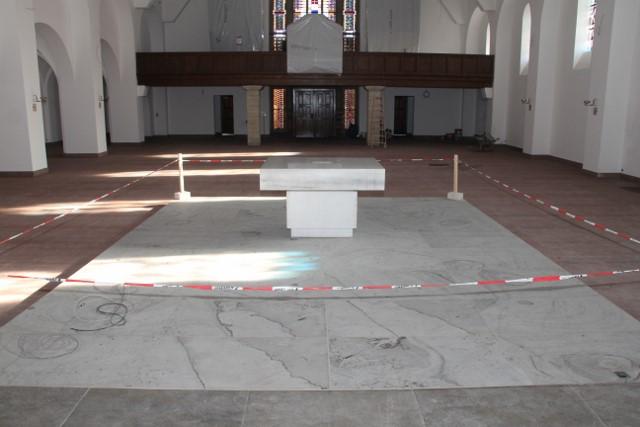 2014-11-02 - Umbau Kirche (14) (640x427)