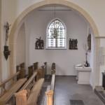 Vom ehemaligen Marienaltar  ist heute nur noch der aus Sandstein gehauene Altartisch zu sehen.