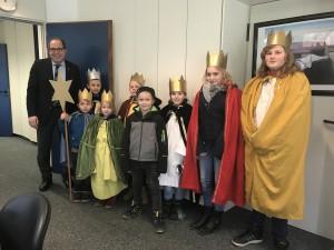 Gruppenbild mit Bürgermeister Romanski